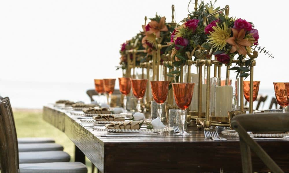 Cómo evitar las comidas copiosas en fiestas