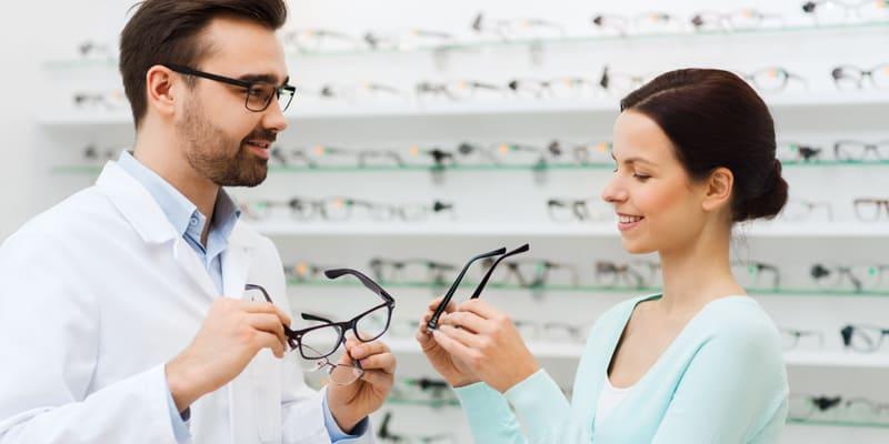 Estudiar el Curso de Auxiliar de Óptica te capacitará para dedicarte al sector