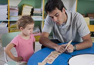 Estudiar máster en detección y atención del autismo