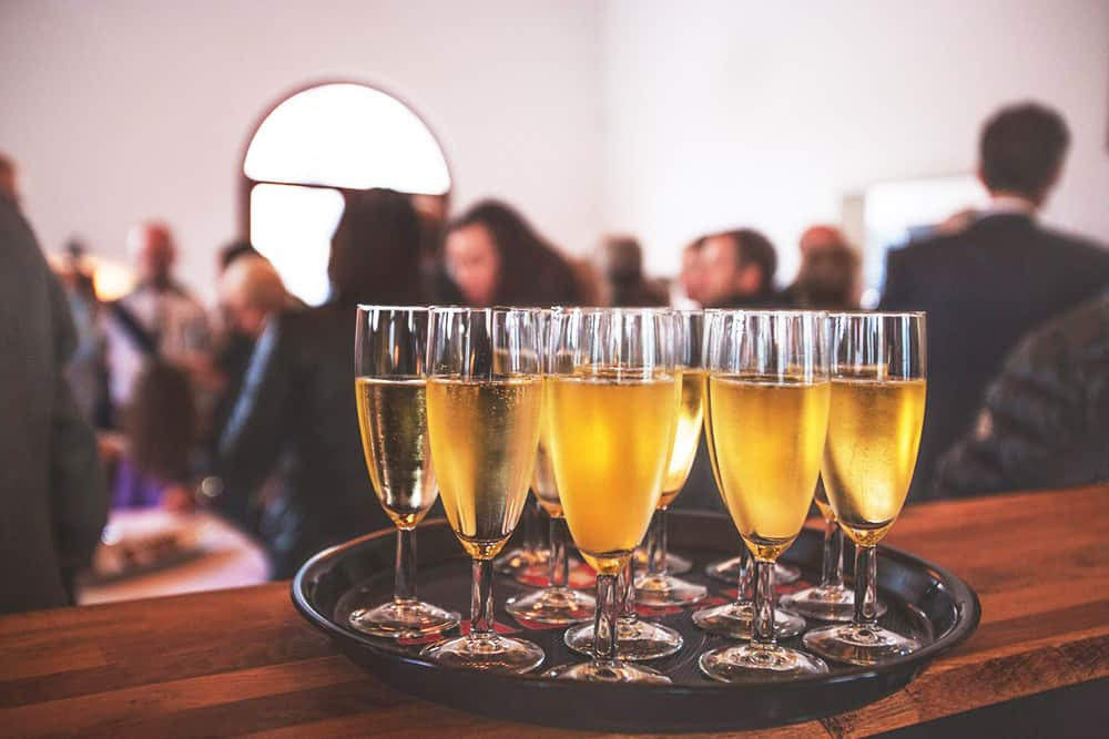 Cómo organizar eventos corporativos paso a paso